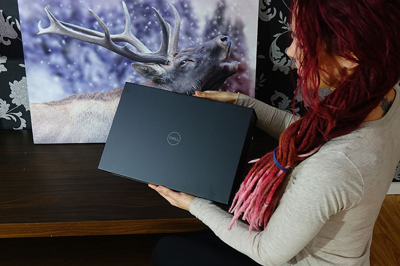 Die edle Verpackung des Dell XPS 15 9500